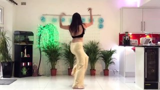 Girl dancing better than Sunny Leone - Girl dancing on Laila song - Raees Songs - Abir Khan Abi