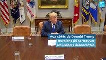 Trump et les chaises vides