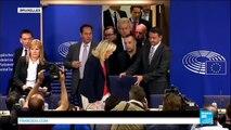 La présidente du FN Marine Le Pen annonce la création d'un groupe au Parlement européen