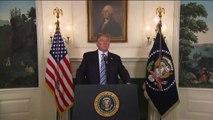 """""""Répondez à la haine par l'amour"""" dit Trump, sans parler d'armes"""
