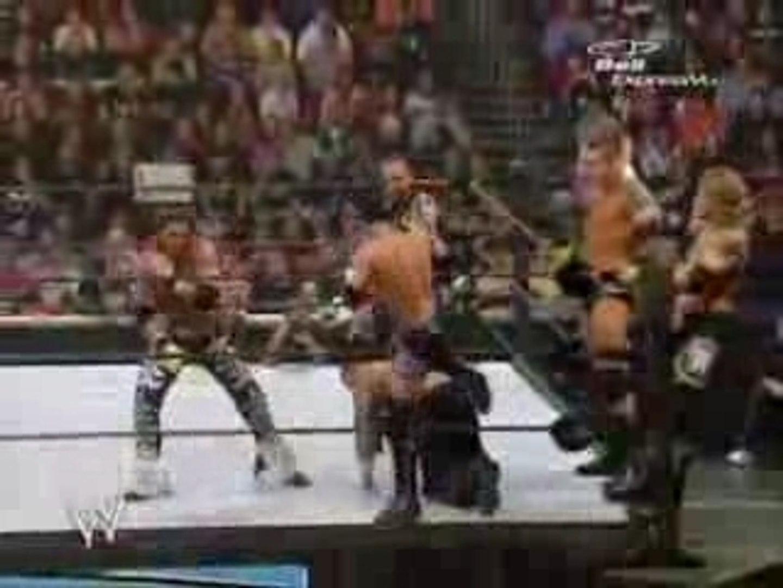 WWE Survivor Series 2006 - Team DX vs Team Rated RKO Part 1