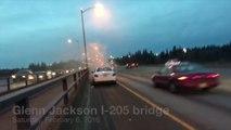 Grosse panique sur l'autoroute à cause d'un voiture en feu