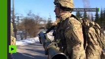 Les troupes américaines et lettones paradent à quelques kilomètres de la frontière russe
