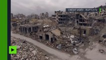 Vues ariennes des ruines d'Alep dévastée (images de drone)