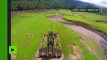 Venezuela : images aériennes des ruines d'un village qui a passé 25 ans sous les eaux
