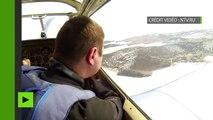 Plongée à haut risque : des parachutistes amerrissent dans un trou sur la glace du lac Baïkal