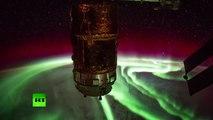 A couper le souffle : des aurores boréales capturées par l'ISS