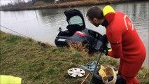 Voiture dans le canal : les pompiers aident le dépanneur à sortir le véhicule de l'eau