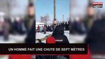 Russie : en short, il grimpe sur un poteau et fait une violente chute de 7m de haut (Vidéo)