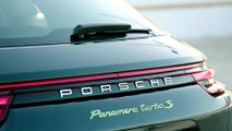 Porsche Panamera Turbo S E-Hybrid Sport Turismo in Volcano Grey Metallic Design Hybrid Trackdays
