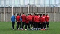 """İpekoğlu: """"Kompleks yapan futbolcular takımdan özür diledi"""""""