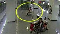 Les toilettes en Chine: En chine ont fait pas aux toilettes! C'est trop compliqué…