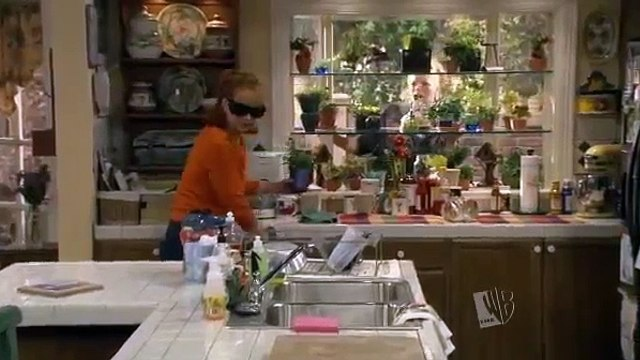 Reba S05E18 - The Blonde Leading the Blind