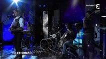 """Lilian Renaud chante """"Il faudra vivre"""" au Téléthon 2015 - 05/12/2015"""