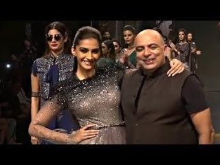 Sonam Kapoor Show Stopper Looking Gorgeous Blenders Pride Fashion Tour