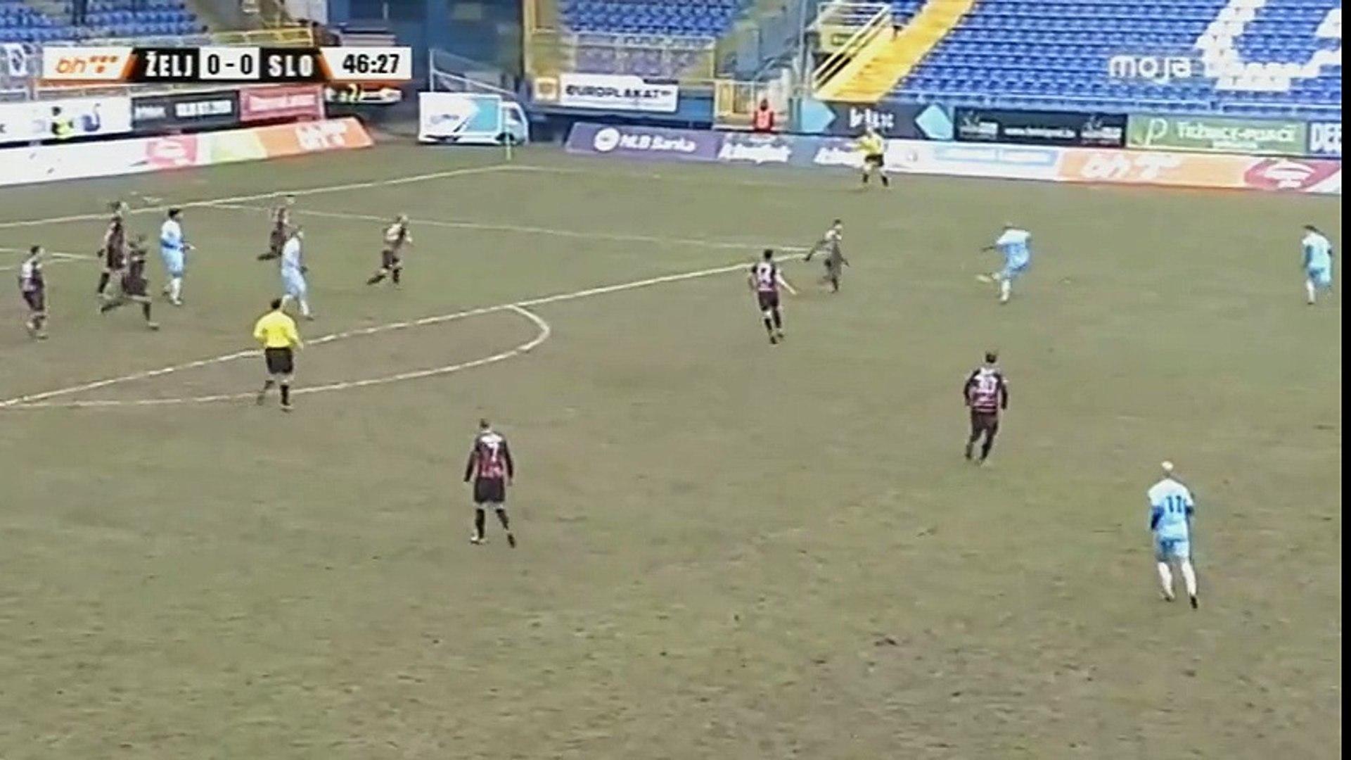 FK Željezničar - FK Sloboda / Ramović šansa i sporna situacija