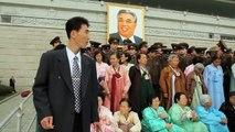 Parodie de l'armée Nord Coréenne en plein défilé !