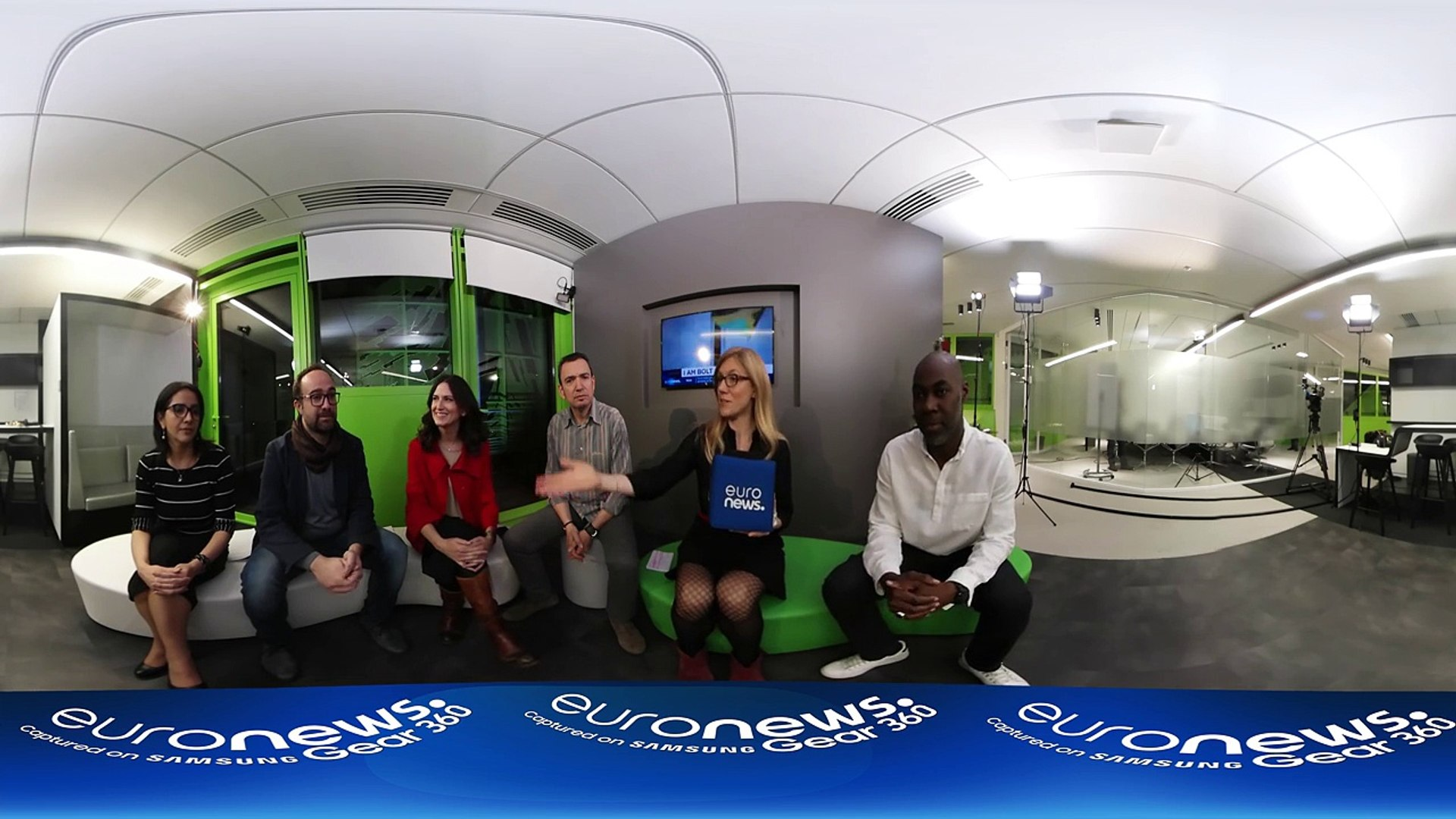 360° video: Euronews journalists on politics, media, and fake news in 2016