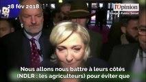 Salon de l'agriculture: Marine Le Pen défend les agriculteurs et s'en prend à Macron