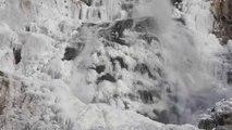La ola de frío que azota Europa congela cascada de la Selva Negra en Alemania
