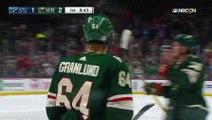 Hockey sur glace - Amorti de la poitrine et volée pour Mikael Granlund