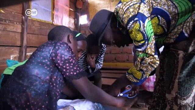Artist helps prevent Ugandan girls from skipping school   DW English