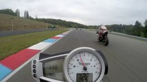 Race between two Triumph Speed Triple 1050 with crash