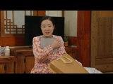 [Iron Lady Cha] 불굴의 차여사 93회 - Kim Bo-yeon receive a gift 20150519