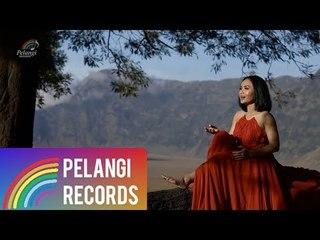 Yuni Shara - Selamanya Aku Milikmu (Official Music Video)