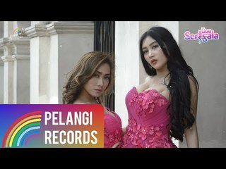 Duo Serigala - Sayang (Official Lyric Video) | Versi Bahasa Indonesia