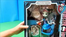 Monster High Scarily Ever After Draculaura Frankie Stein & Clawdeen Wolf Dolls Unboxing Toy Review