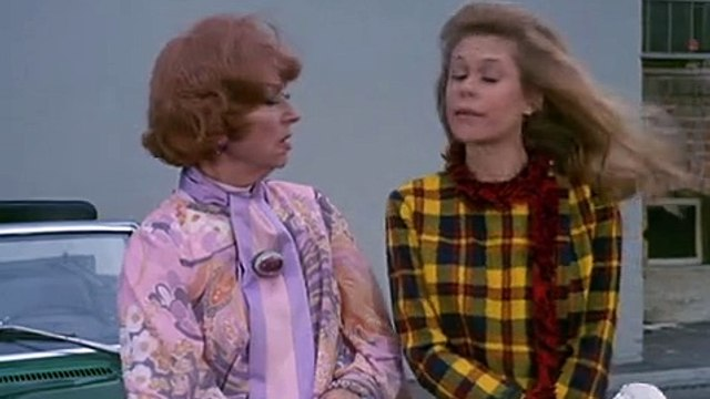 Bewitched S05 E26 Samantha Twitches For Unıcef