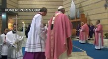 Pope to Roman Parish: Remember that Christmas is not about gifts or parties