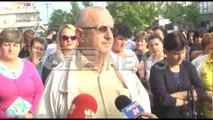 Ora News - Tregtarët në protestë kundër vendosjes së kasës fiskale