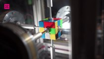 Esta máquina resuelve un Cubo de Rubik en 0.38 segundos