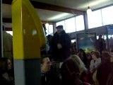 manifestation dans la gare de cherbourg ...