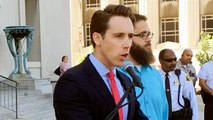 Trump to hold fundraiser for Missouri Senate candidate Hawley