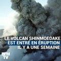 Au Japon, ce volcan crache d'impressionnantes colonnes de cendres