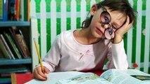 10 УПОРОТЫХ Заданий в Школьных УЧЕБНИКАХ - WTF