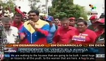 Maduro carries out street government events
