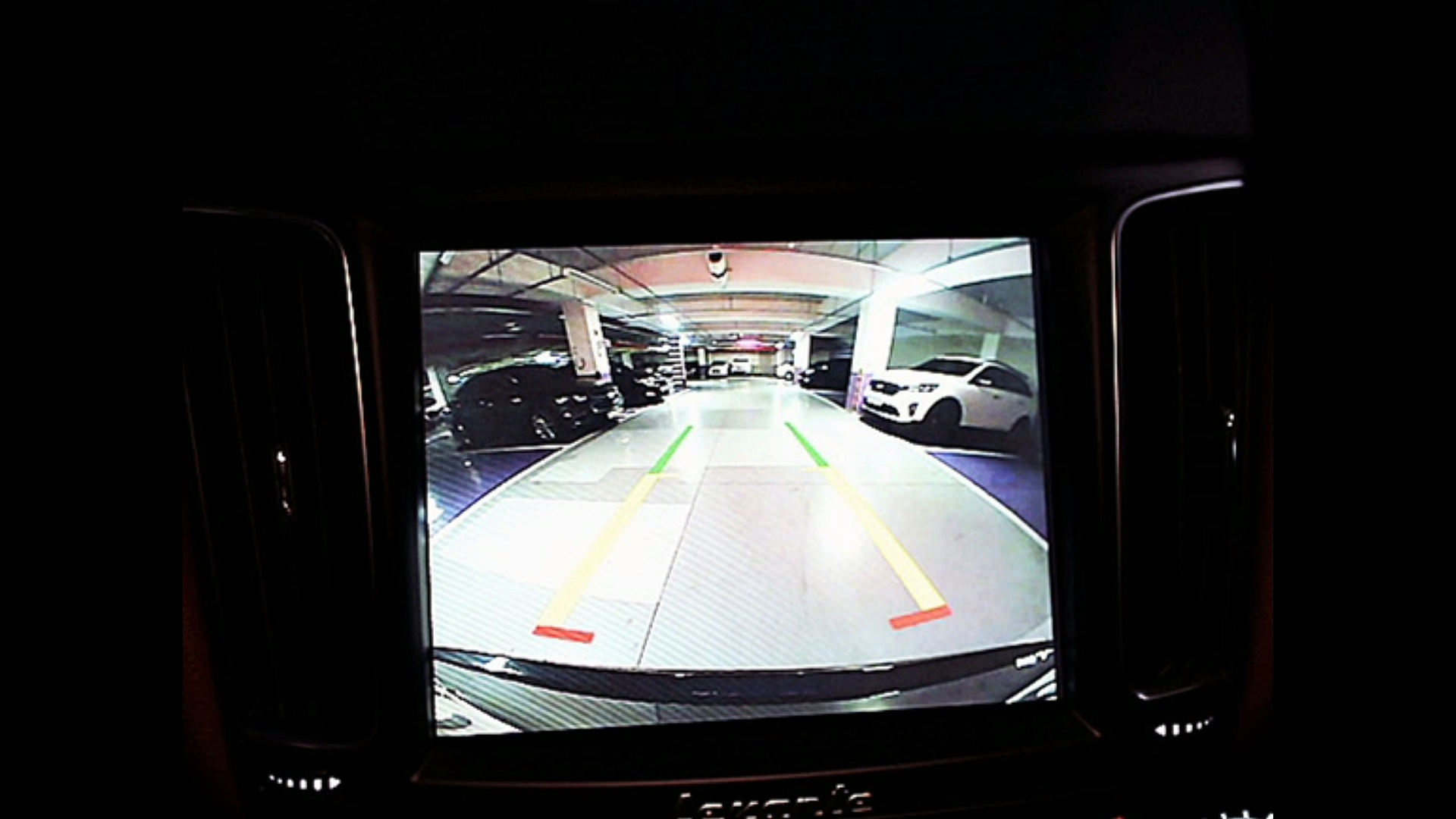 Maserati Leante 3.0 diesel cars video SUV cars video SUV car कारों वीडियो ऑफ-रोड वाहन डब्बा