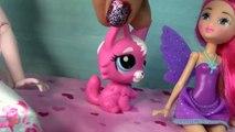 Disney Frozen Queen Elsa Barbie Fairy HURT WING Doll Play Part 1 Playing