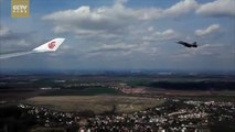 【V观】Exclusive:Czech fighter jets escort Xi Jinping's plane