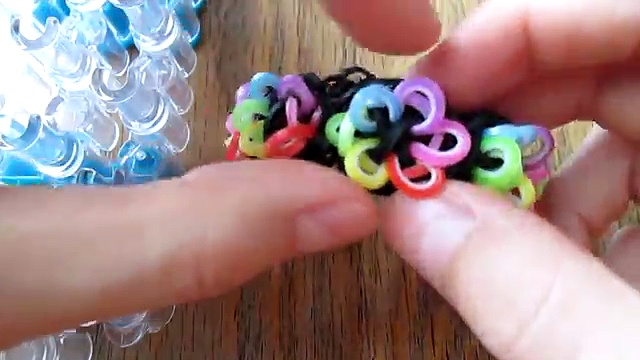 Rainbow Loom- Birthday Buds Bracelet (Original Design)