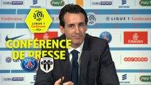 Conférence de presse Paris Saint-Germain - Angers SCO (2-1) : Unai EMERY (PARIS) - Stéphane MOULIN (SCO) - 2017/2018