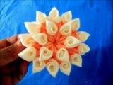 Flores kanzashi hermosos pétalos de dos colores en cintas para el cabello