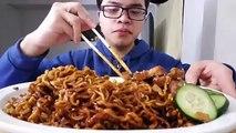 ASMR: BIG BITES REQUEST! SPICY KOREAN BLACK BEAN NOODLES   Eating Sounds   Eating Show   JaySMR