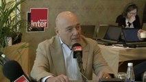 """Vladimir Pozner : """"Une majorité de Russes croit que cela fait partie d'un dessein anti-Russe poursuivi par l'occident depuis des années"""""""