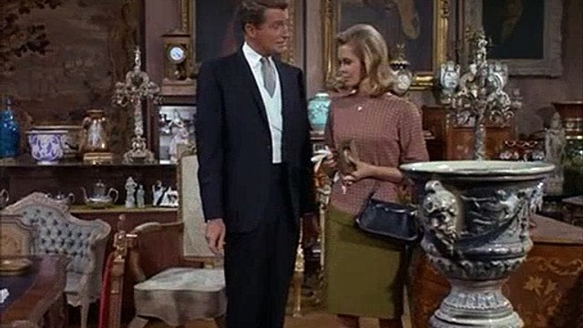 Bewitched S03E12 Sam S Spooky Chair