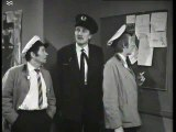 On the Buses S02 E03 Self Defence